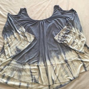 Impressions Tops - Sz M. Tie-dye cold shoulder flowy top. NWOT